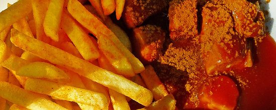 Pommes Currywurst Imbiss